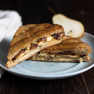 Gouda Bacon Pear Grilled Cheese // OakhurstKitchen.com