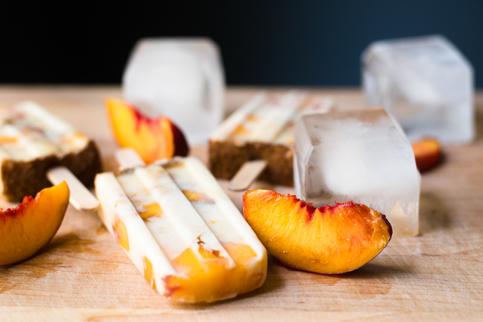 Peach Pie Popsicles // OakhurstKitchen.com