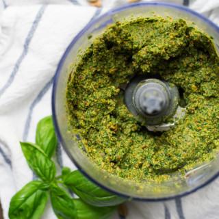 Pistachio Kale Pesto // OakhurstKitchen.com